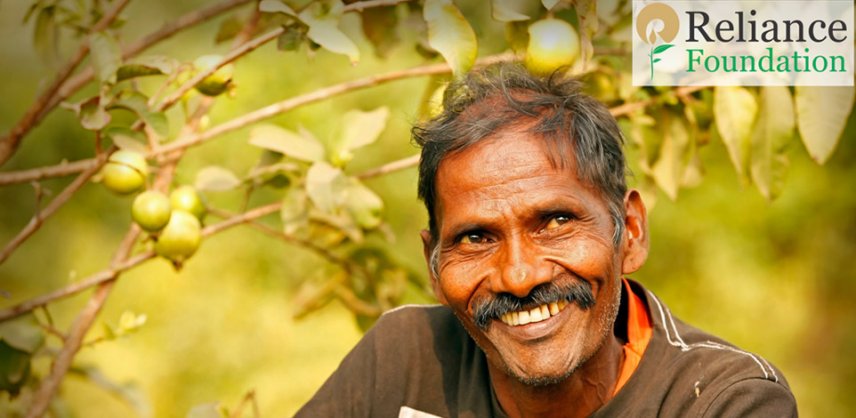 From a marginal farmer, fighting severe tuberculosis (TB),  to a role model pioneering the concept of nano orchards… Meet Devchand from Ruparel village in Rajasthan, who with the support of Reliance Foundation has turned his life around.